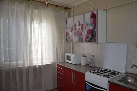 Сдается 1-комнатная квартира посуточно в Астрахани, Курская, 57.