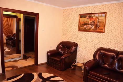 Сдается 2-комнатная квартира посуточно в Ильичёвске, ул.Ленина 28.