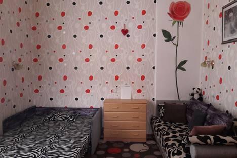 Сдается 1-комнатная квартира посуточно в Евпатории, Приморская, 10.