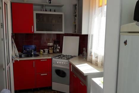 Сдается 2-комнатная квартира посуточно в Геленджике, Островского, 146.
