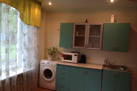 Сдается 1-комнатная квартира посуточно в Горно-Алтайске, ул. Улагашева, 6.