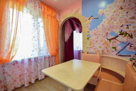 Сдается 1-комнатная квартира посуточно, ул.О.Кошевого 70.