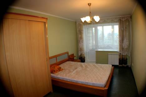 Сдается 3-комнатная квартира посуточнов Омске, ул. Красный Путь, 18.