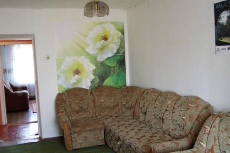 Сдается 2-комнатная квартира посуточно в Ейске, Плеханова, 9\3.
