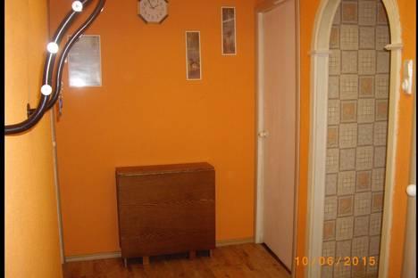 Сдается 1-комнатная квартира посуточнов Санкт-Петербурге, СПБ УЛ крыленко, 25/3.