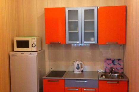 Сдается 2-комнатная квартира посуточно в Архангельске, проспект Обводный Канал, 76.