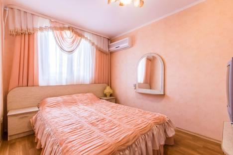 Сдается 2-комнатная квартира посуточно в Судаке, Почтовая 10.