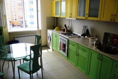 Сдается 4-комнатная квартира посуточно в Евпатории, Шевченко, 33.