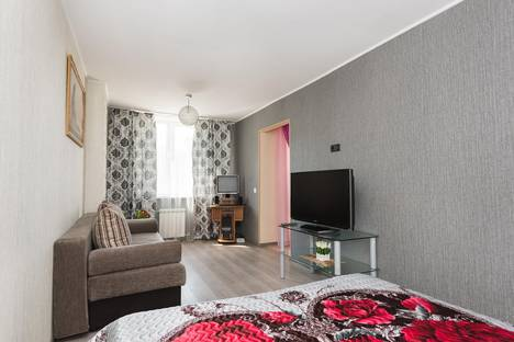 Сдается 1-комнатная квартира посуточнов Верхней Пышме, Щорса 103.