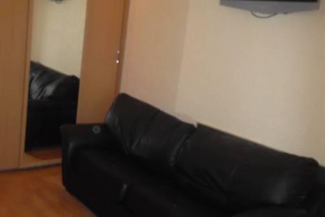 Сдается 1-комнатная квартира посуточно в Первоуральске, ул. Вайнера, 29.