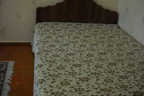 Сдается 1-комнатная квартира посуточно в Ейске, ул. Коммунистическая, 49.