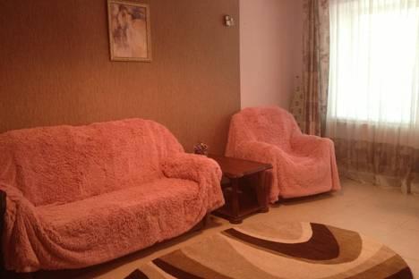 Сдается 2-комнатная квартира посуточно в Хабаровске, ул. Фрунзе, 110.