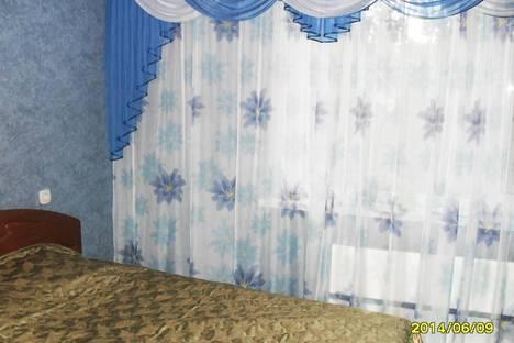 Сдается 3-комнатная квартира посуточно в Яровом, квартал А дом 35.