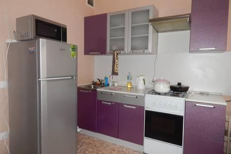 Сдается 2-комнатная квартира посуточно в Великом Новгороде, Волотовская 6.