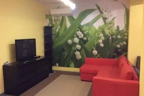 Сдается 1-комнатная квартира посуточнов Ленинске-Кузнецком, проспект Кирова, 20.
