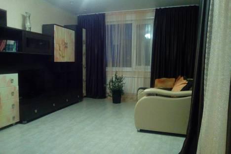 Сдается 3-комнатная квартира посуточно в Яровом, квартал А д.37.
