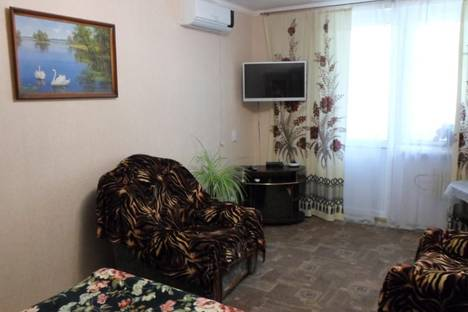 Сдается 2-комнатная квартира посуточно в Судаке, Айвазовского 27.