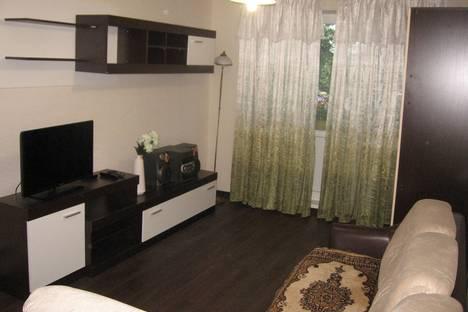 Сдается 2-комнатная квартира посуточно в Нижнем Новгороде, ул. Веденяпина,6.