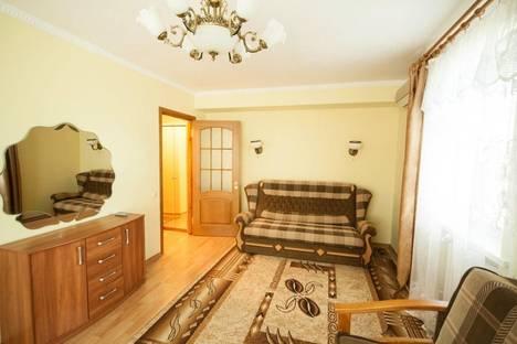 Сдается 1-комнатная квартира посуточно в Партените, ул . Парковая  дом 6.