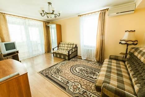 Сдается 1-комнатная квартира посуточно в Партените, ул . Победы  д 6.