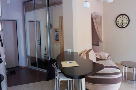 Сдается 1-комнатная квартира посуточнов Санкт-Петербурге, 8 Советская улица, 17.