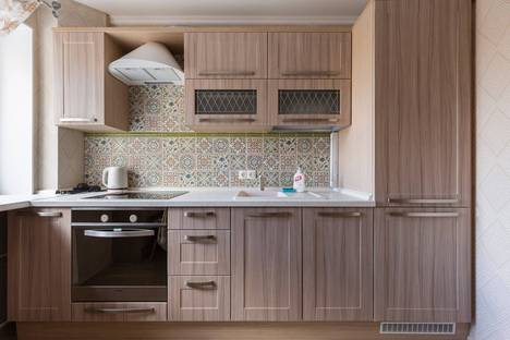 Сдается 1-комнатная квартира посуточнов Санкт-Петербурге, Ленинский проспект, 82.
