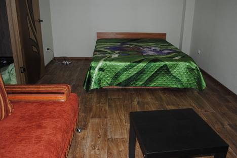 Сдается 1-комнатная квартира посуточнов Белгороде, Гостенская 16.