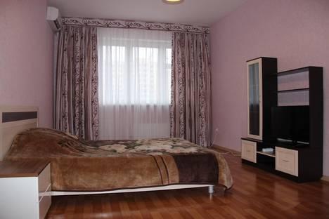 Сдается 1-комнатная квартира посуточно в Старом Осколе, Микрорайон Степной 7.