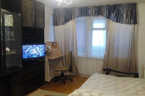 Сдается 1-комнатная квартира посуточно в Туапсе, ул. К.Маркса д 1.