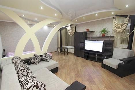 Сдается 1-комнатная квартира посуточно в Феодосии, бульвар Старшинова 23.