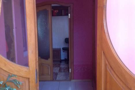 Сдается 2-комнатная квартира посуточно в Саках, Тертышного, 50.
