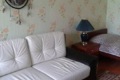 Сдается 2-комнатная квартира посуточно в Кстове, Героя Чернова,2.
