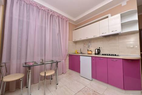 Сдается 1-комнатная квартира посуточнов Ялте, Пер. Партизанский 2.