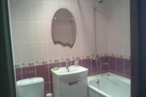 Сдается 1-комнатная квартира посуточно в Яровом, квартал В дом 5.