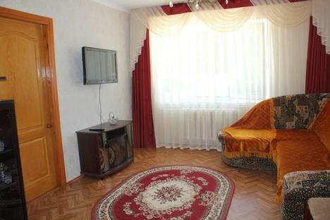 Сдается 2-комнатная квартира посуточно в Судаке, Бирюзова,д6.кв.4.