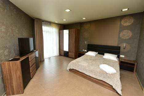 Сдается 1-комнатная квартира посуточнов Ялте, Кирова 5.