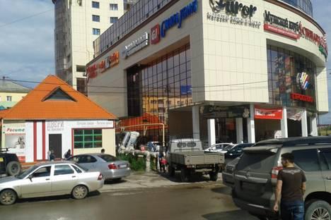 Сдается 2-комнатная квартира посуточно в Якутске, ул. Курашова, 6.