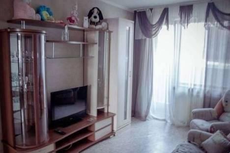 Сдается 3-комнатная квартира посуточно, проспект Комсомольский, 43б.