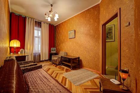 Сдается 1-комнатная квартира посуточнов Санкт-Петербурге, Жуковского 18.