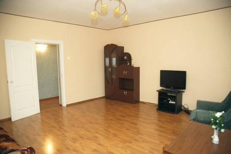 Сдается 1-комнатная квартира посуточнов Чебоксарах, проспект Максима Горького, 14.