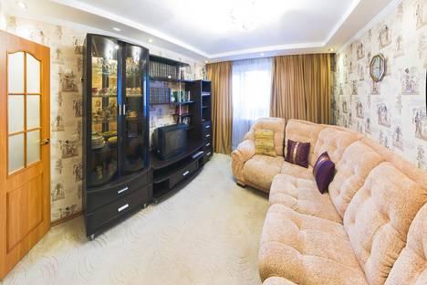 Сдается 2-комнатная квартира посуточнов Новосибирске, ул. Иванова, 3.