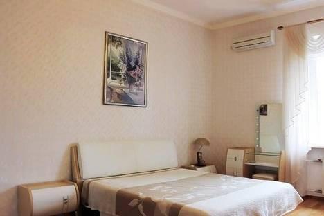 Сдается 3-комнатная квартира посуточно в Севастополе, Ленина, 47.