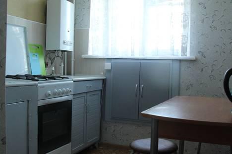 Сдается 1-комнатная квартира посуточно в Петрозаводске, ул. Луначарского, 13А.