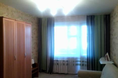 Сдается 1-комнатная квартира посуточно в Кургане, Карельцева 109.