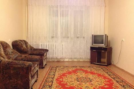 Сдается 1-комнатная квартира посуточно в Нижнекамске, ул. Сююмбике, 13.