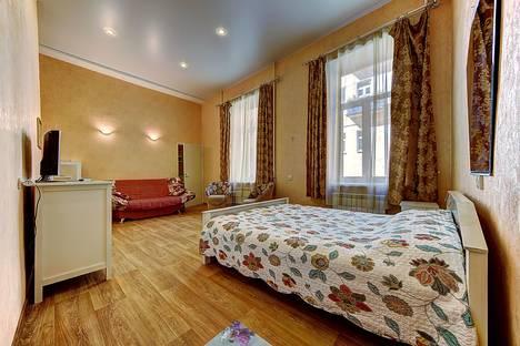 Сдается 1-комнатная квартира посуточно в Санкт-Петербурге, ул. Социалистическая, 4.