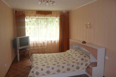 Сдается 2-комнатная квартира посуточно в Златоусте, проспект Гагарина 8-3.