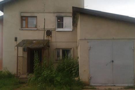 Сдается комната посуточно в Костроме, Костромская обл Костромской р-н п. Шувалово ул. Победы,60.