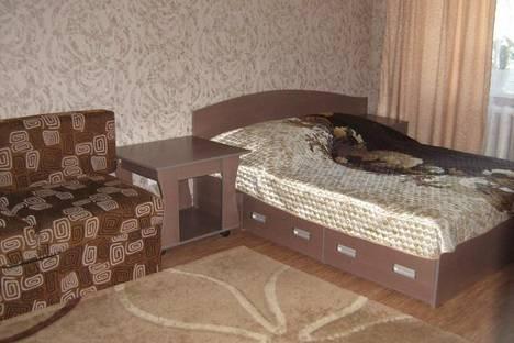 Сдается 1-комнатная квартира посуточно в Усть-Каменогорске, Бурова, 12.