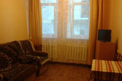 Сдается 1-комнатная квартира посуточно, ул. Игнатенко, 10.